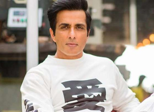 Sonu Sood has the perfect plan for lady who complains she is pissed off of spending lockdown with husband : Bollywood Information 3