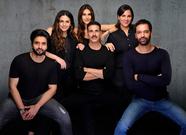 Akshay Kumar starrer Bellbottom team to charter a full flight to fly the entire unit with top-grade medical facilities