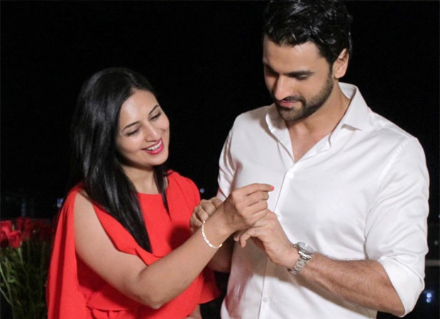 Divyanka Tripathi and Vivek Dahiya's anniversary celebration pictures are romance at its best!