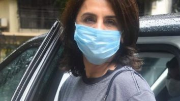 IN PICS: Neetu Kapoor steps out of her house following all safety guidelines
