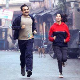 Movie Stills Of The Movie Gunjan Saxena - The Kargil Girl