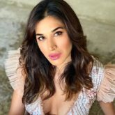 Sophie Choudry's version of the '100 Squat Challenge' is major Monday motivation!