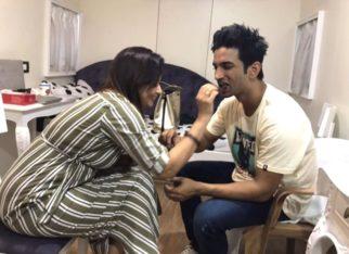 Sushant Singh Rajput celebrated Rakshabandhan with Mukesh Chhabra's sister on Dil Bechara sets, photos go viral
