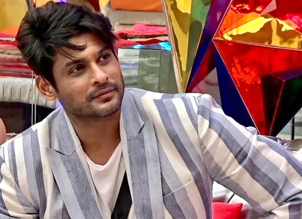 Bigg Boss 14 Sidharth Shukla recalls a childhood story with his father while talking to Gauahar Khan and Hina Khan, says he misses him