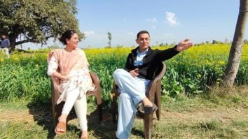 Kareena Kapoor Khan shares a candid moment with Aamir Khan as she wraps up Laal Singh Chaddha