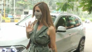Suzanne Khan spotted at Kromakay Salon Bandra