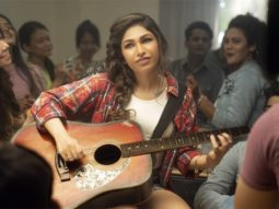 Tulsi Kumar learns to play the guitar for her rock ballad 'Tanhaai'