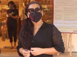 Vidya Balan spotted at Khar