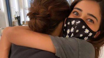 Ananya Panday only hugs Deepika Padukone, the latter says 'love you baby girl'