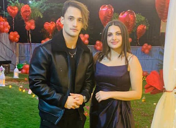 Asim Riaz accompanies Himanshi Khurana to Dubai for her birthday celebrations, the couple twins in all-black outfits