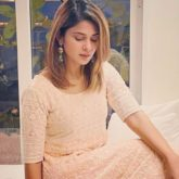 Jennifer Winget brings in the Diwali sparkle with her minimalistic traditional look