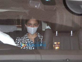 Photos: Alia Bhatt snapped outside a dubbing studio in Bandra
