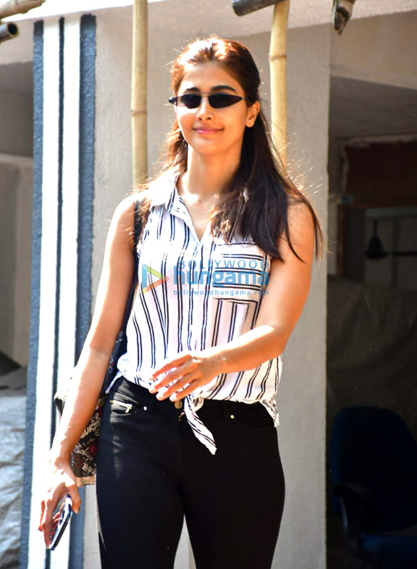 Photos Pooja Hegde spotted in Bandra-1