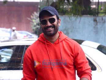 Photos: Sharad Kelkar spotted at Zee office in Andheri
