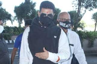 Spotted - Abhishek Bachchan and Sharad Kelkar at Airport