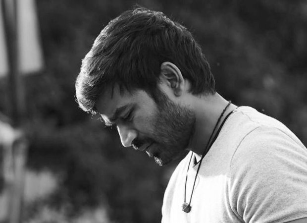 Dhanush shares a candid picture from the sets of Atrangi Re as he shoot for the final schedule