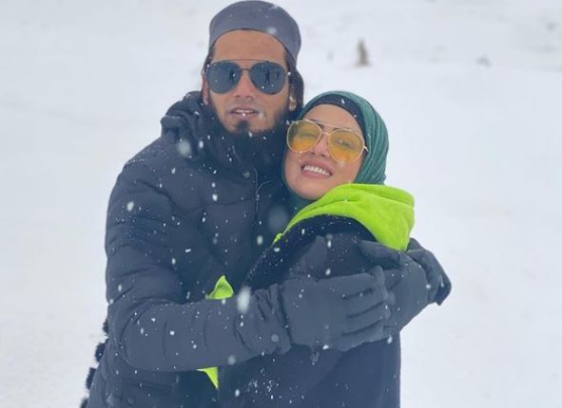 Sana Khan shares pictures from her honeymoon in Kashmir; gets clicked by husband Anas Saiyad