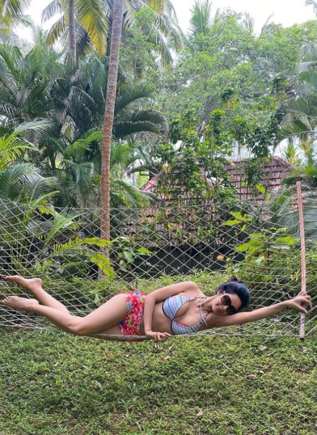 PICTURES: Mallika Sherawat celebrates the holiday season in Kerala