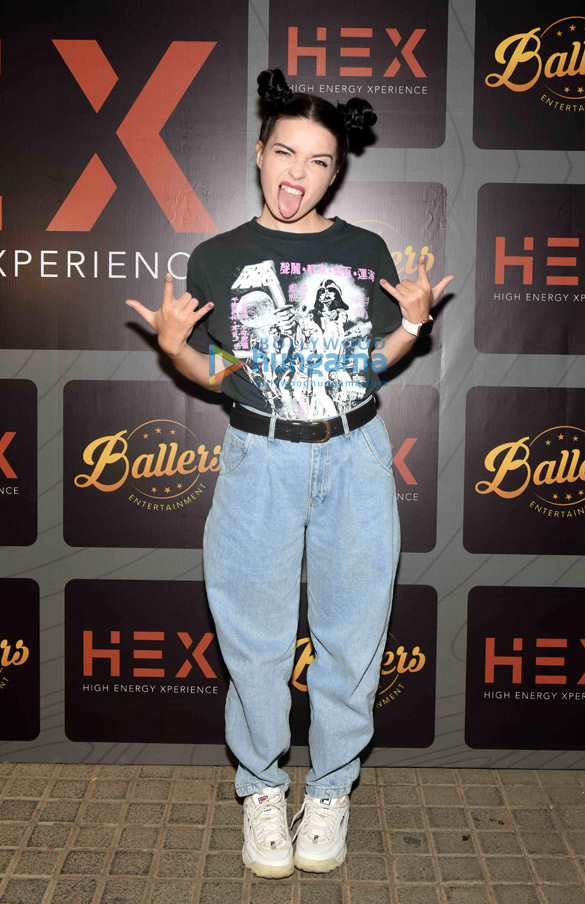 Photos Celebs snapped at the launch of Hex – High Energy Xperience club in Andheri (13)