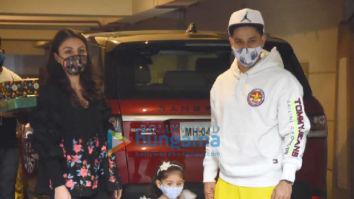 Photos: Soha Ali Khan, Kunal Kemmu and Inaya spotted at Kareena Kapoor Khan's residence