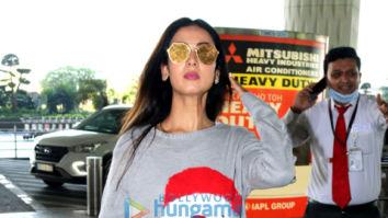 Photos: Sonal Chauhan and Bhagyashree snapped at the airport