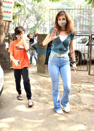 Photos: Sussanne Khan snapped with her son at a salon in Juhu