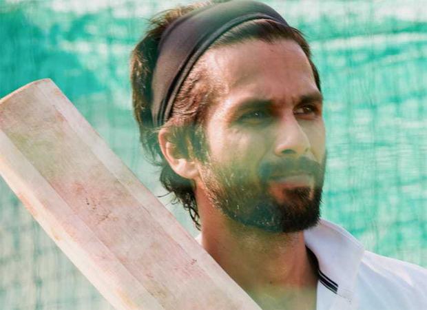शाहिद कपूर अभिनीत जर्सी शूटिंग चंडीगढ़ में किसानों के विरोध के कारण स्थगित कर दी गई;  देहरादून के कलाकारों और दल के प्रमुख