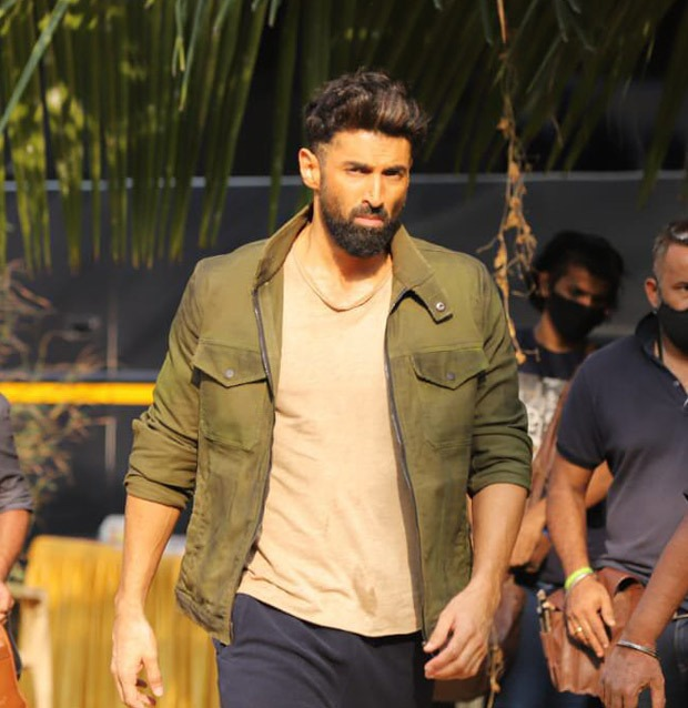 PICTURES: Aditya Roy Kapoor and Sanjana Sanghi spotted shooting for OM – The Battle Within