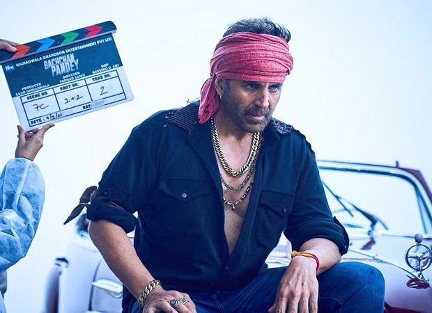 अक्षय कुमार ने बच्चन पांडे के लिए शूटिंग शुरू की, सेट से अभी भी शेयर करते हैं