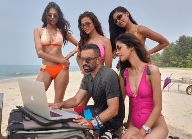 Behind-the-scenes pictures of the Kingfisher Calendar with Atul Kasbekar is the perfect combination of SEXY and GLAMOUROUS!