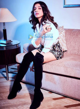 Celebrity Photos of Divya Khosla Kumar