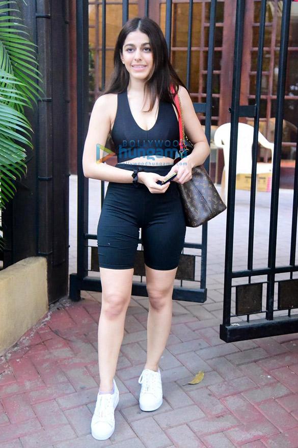 Photos Alaya F snapped in Bandra (1)