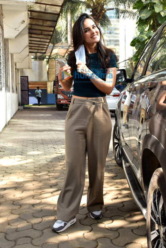 Photos Angira Dhar snapped at Super Star hall in Andheri (3)