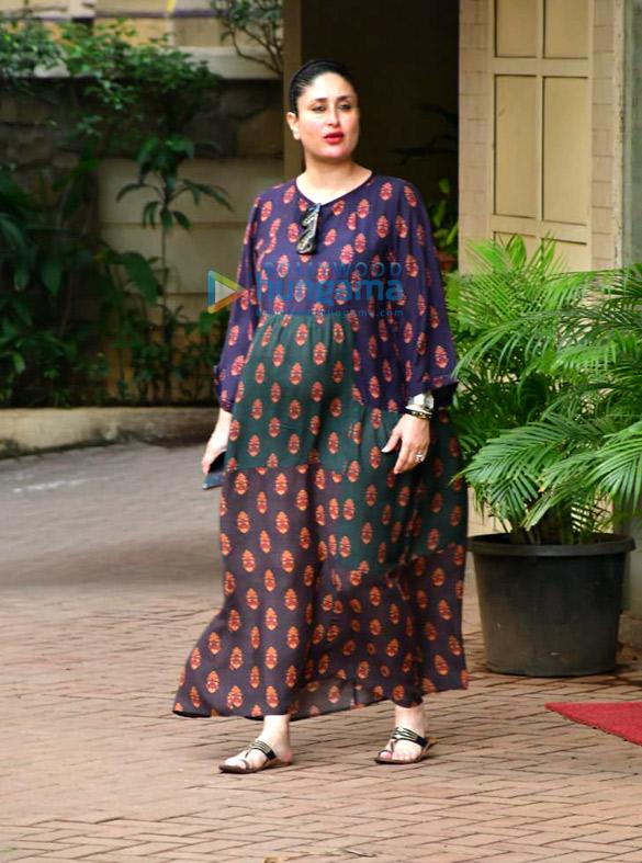Photos Kareena Kapoor Khan and Karisma Kapoor spotted in Bandra (4)