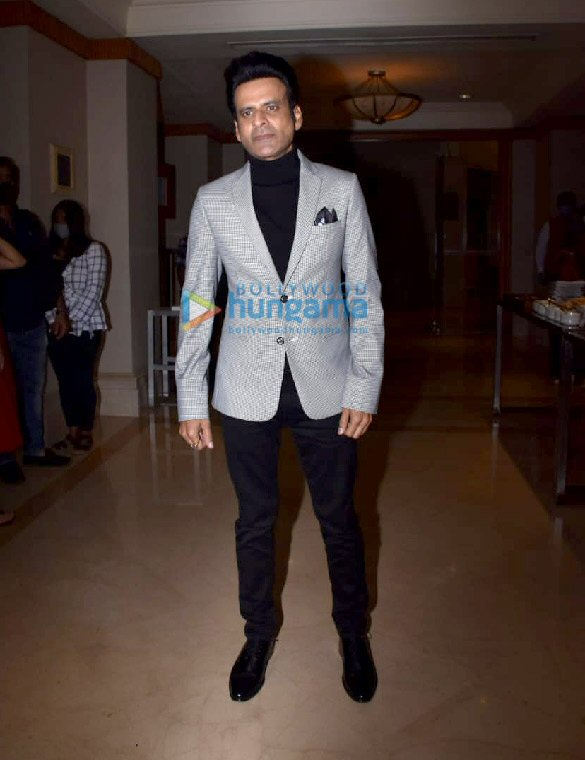 Photos Manoj Bajpayee and Samantha Akkineni snapped promoting of Family Man season 2 (2)