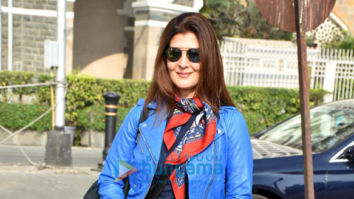 Photos: Sangeeta Bijlani spotted with friend at Gateway Of India
