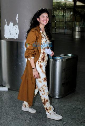 Photos: Sanjana Sanghi and Rahul Dev snapped at the airport