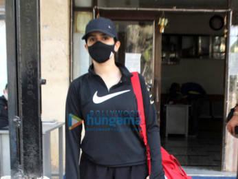 Photos: Sanya Malhotra snapped at the gym in Juhu