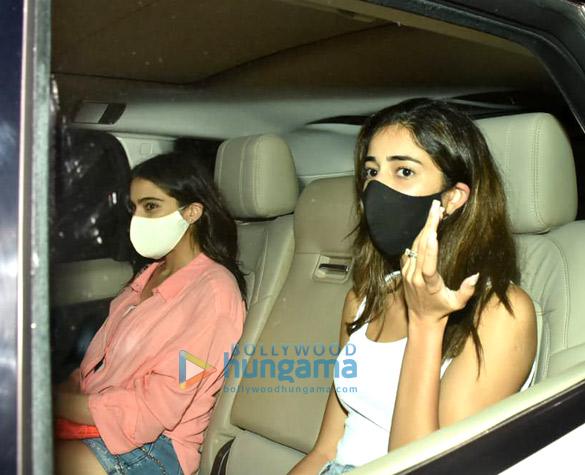 Photos: Sara Ali Khan, Ananya Panday, Gauri Khan and others spotted at Karan Johar's house in Bandra