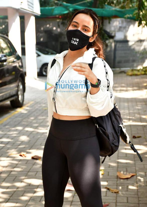 Photos: Neha Sharma spotted in Bandra