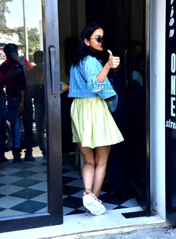 Photos: Rakul Preet Singh spotted at Bastian