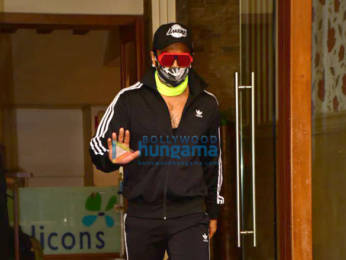 Photos: Ranveer Singh spotted at a clinic in Bandra