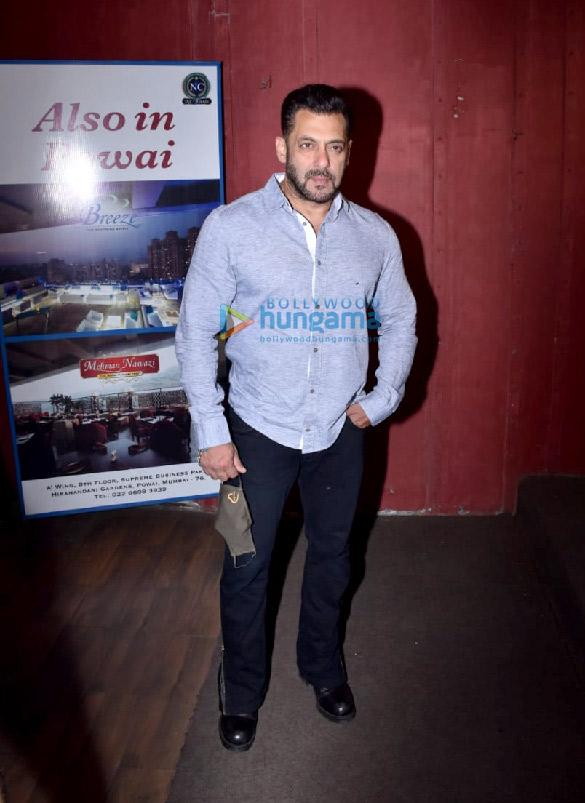 Photos Salman Khan snapped for Arbaaz Khan's chat show in Juhu (5)