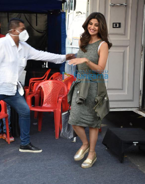 Photos Shilpa Shetty spotted at Film City (2)