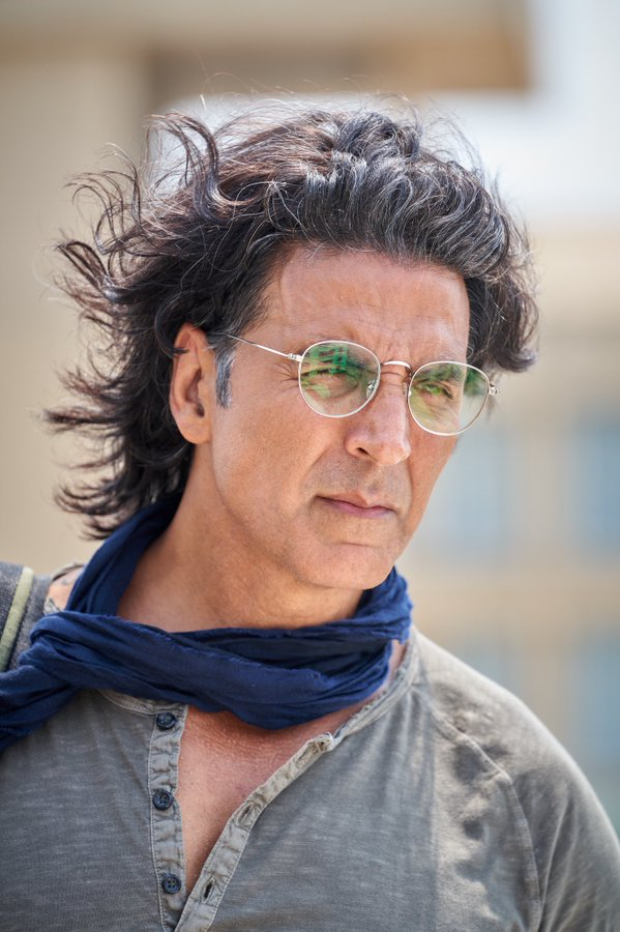 Akshay Kumar to play an archaeologist in Ram Setu, new look unveiled as shooting begins today