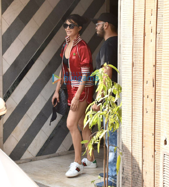 Photos Jacqueline Fernandez snapped at gym in Juhu (1)