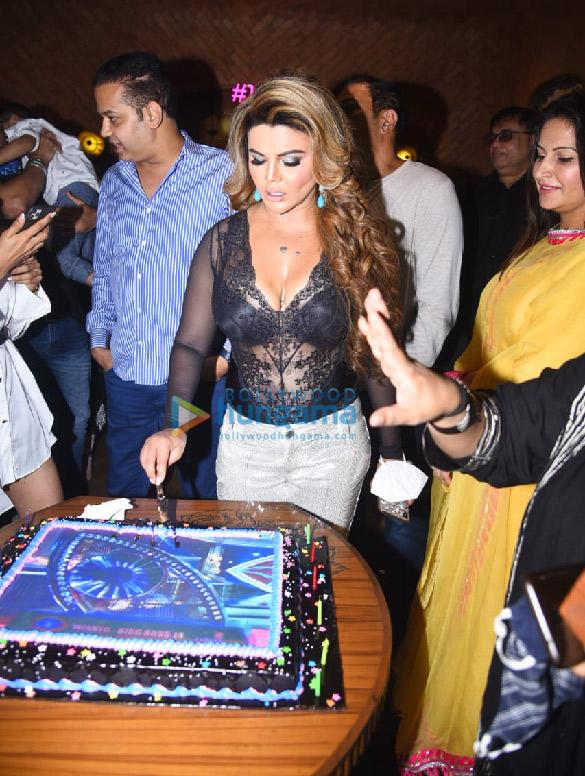 Photos Rakhi Sawant hosts a Bigg Boss party (7)