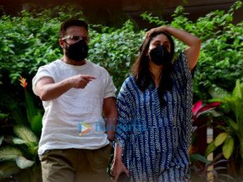 Photos: Saif Ali Khan and Kareena Kapoor Khan spotted in Bandra