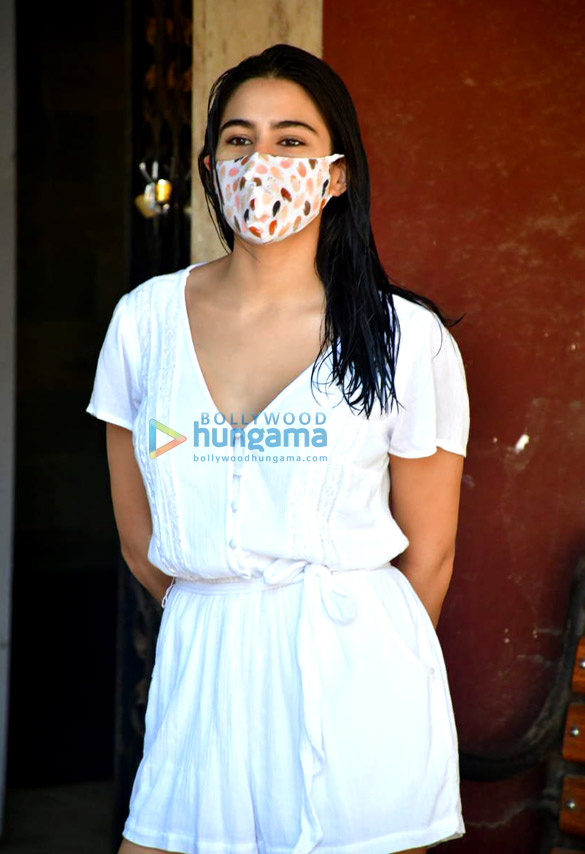Photos Sara Ali Khan spotted at Pilates (3)