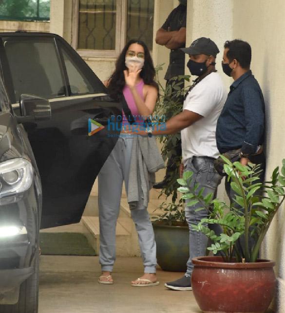 Photos: Shraddha Kapoor snapped at a dubbing studio in Juhu